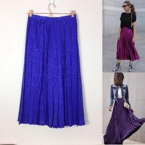 Vintage millennial purple pleated mini skirt silk